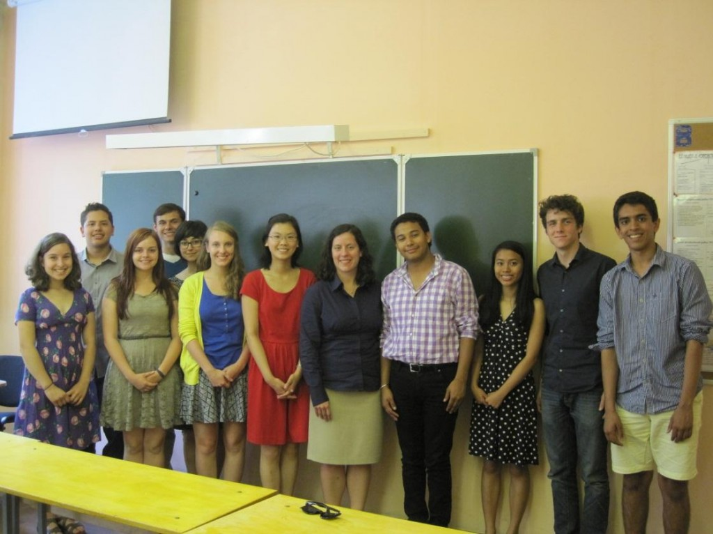 ac_nsliy_participants_with_the_deputy_press_attache_from_u.s._embassy_moscow_summer_2013-2