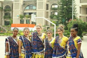 NSLI-Y Hindi Summer students dressed in Ghagra.